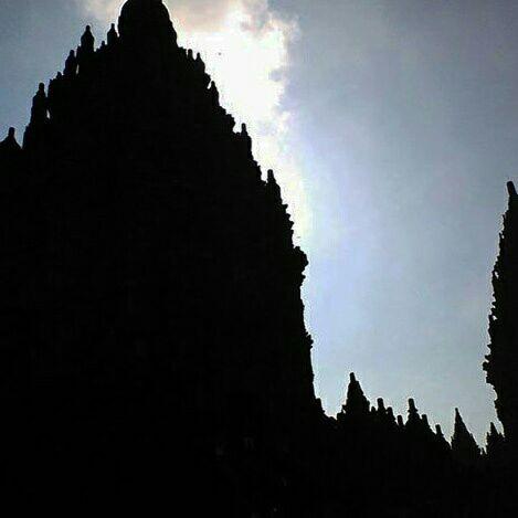 Pesona Candi Prambanan