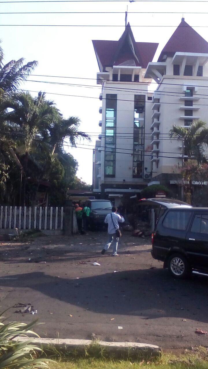 Bom Bunuh Diri Surabaya