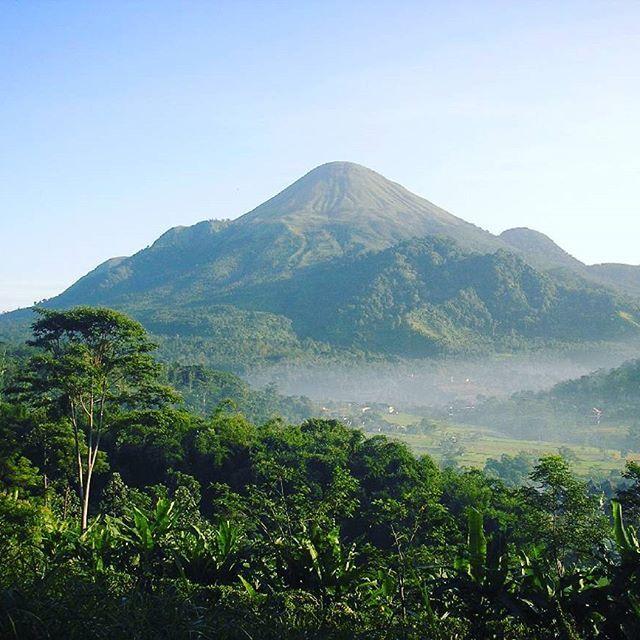 Pemandangan Gunung Penanggungan Kaskus