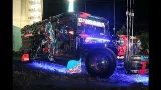 Cuma Disini Mobil Balap Dijadiin Angkot!
