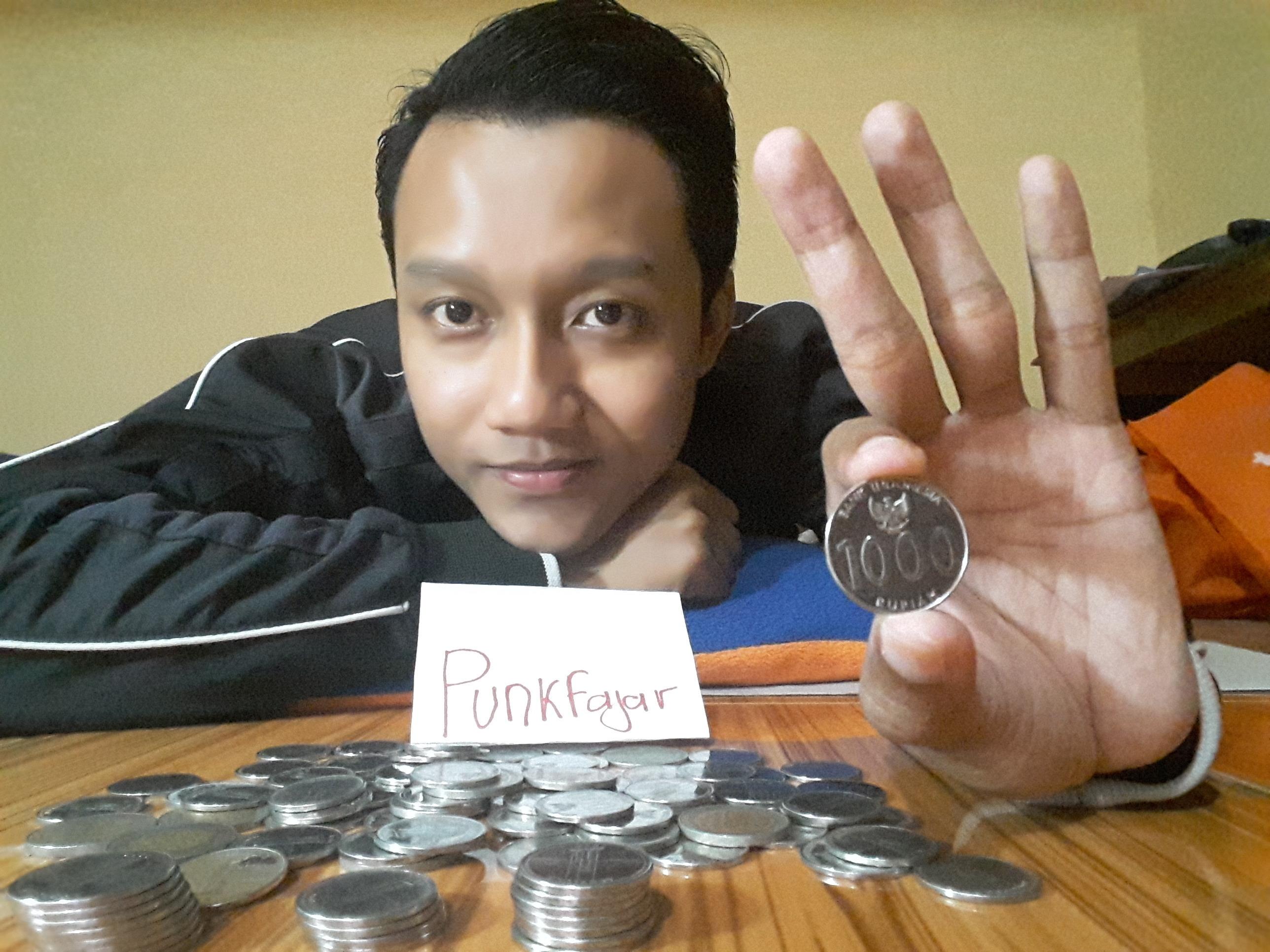 #BestCollection koleksi uang koin Rp 1000an ane gan, ngumpulin dari uang kembalian :D