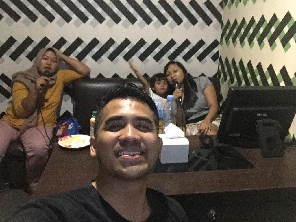 Fam karaoke